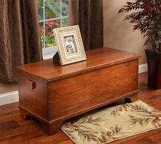 Amish Cherry Wood Large Flat Top Hope Chest Amish Hope Chest Collection Choose from our many different options to create that special Amish chests built just for you. The Charleston Ch Amish Furniture, Fine Furniture, Shabby Chic Furniture, Deco Furniture, Contemporary Furniture, Wood Storage, Storage Chest, Diy Home, Home Decor