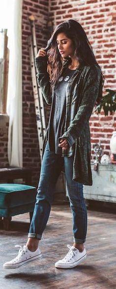 Green Cardigan // Grey Top // Skinny Jeans // White Sneaker