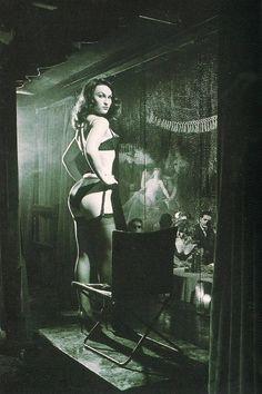 burlesque <3 aurorasboudoir.etsy.com