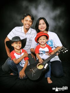 Foto Keluarga Di rumah // Oli Family's // Bekasi #BRAVEHEARTstudio