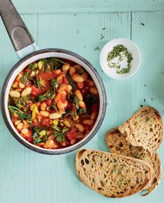 One-pot dishes aren't just for the colder autumn and winter months. This recipe for white bean and spring green one-pot is light and packed full of fresh spring flavours. What's more, it's ready in just 30 minutes and under 300 calories. Superfood Recipes, Best Vegan Recipes, Veggie Recipes, Lunch Recipes, Vegetarian Recipes, Cooking Recipes, Healthy Recipes, Vegetarian Lifestyle, Veggie Meals