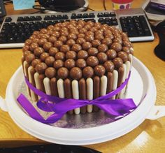 Malteaser & chocolate finger cake
