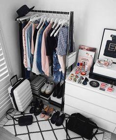 778 Likes, 15 Kommentare - Kiara King ✖️ Style & T Bedroom Inspo, Room Decor Bedroom, Aesthetic Room Decor, Room Goals, Beauty Room, Dream Rooms, New Room, House Rooms, Room Inspiration