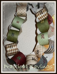 Looking for a simple way to count down to Christmas? Make your own Count Down to Christmas Paper Chain.