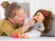 Pour les filles coquettes et les garçons créatifs, les accessoires poupées permettent à l'enfant de développer son imagination ET surtout de s'amuser ;)