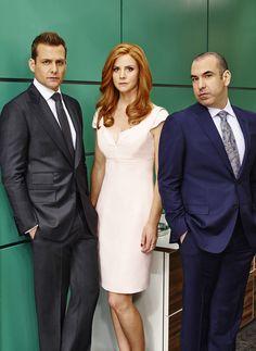 Gabriel Macht as Harvey Specter; Sarah Rafferty as Donna Paulsen; Rick Hoffman as Louis Litt