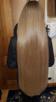 I love silky hair long and short Long Dark Hair, Light Brown Hair, Beautiful Long Hair, Gorgeous Hair, One Length Hair, Silky Smooth Hair, Front Hair Styles, Hair Front, Super Long Hair