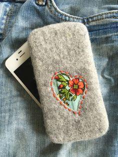 """Купить Чехол для телефона """"Русский стиль"""" сердце серый - орнамент, чехол для телефона, павловопосадский платок"""