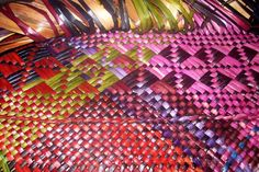 Mahi he tino ataahua Alixene Curtis . Flax Weaving, Basket Weaving, Maori Designs, Cool Designs, Flax Fiber, Maori Art, Plant Fibres, Weaving Patterns, Make Design