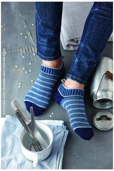 Knitting Socks, Hand Knitting, Knitting Patterns, Hobbies For Couples, Moda Emo, Work Gloves, Engagement Ring Cuts, Wool Yarn, Pulls
