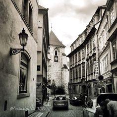 Prague streets #prague #praha #iprague #cz #czech #czechia #czechrepublic #czechdesign #česko #české #českárepublika #street #car #house #city #heritage #design #display #DiscoverCZ #czdsgn #history #outdoor