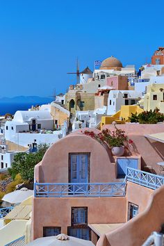 Postcards from Santorini: Day 1 - History In High Heels