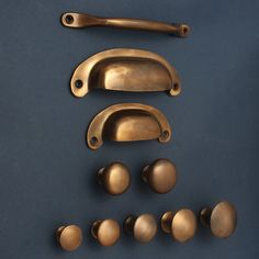 Aged Bronze Kitchen Handles Drawer Cup Pulls & Knobs ~ Antique Old Solid Cast Cabinet Handles Bin Cupboard Door Pulls Shaker English Style - copper kitchen Kitchen Drawer Pulls, Brass Drawer Pulls, Kitchen Knobs, Kitchen Cabinet Handles, Knobs And Pulls, Door Pulls, Cupboard Knobs, Vintage Drawer Pulls, Brass Cabinet Hardware