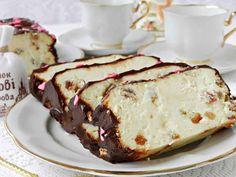 """Cheesecake-ul """"Lvov"""" este cartea de vizită a orașului și mândria localnicilor… Dessert Drinks, Dessert Recipes, Desserts, My Recipes, Cooking Recipes, Healthy Recipes, Romanian Food, Chocolate Glaze, Vanilla Sugar"""
