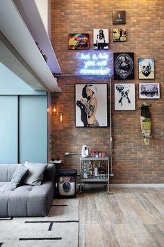 Gorgeous Brick Loft Apartments Ideas for Amazing Apartment Interior Brick Loft, Cool Apartments, Apartment Interior, Man Apartment, Living Room Decor, Living Rooms, Interior Decorating, House Design, Decoration