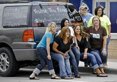 LOOK AT ME AND MY GIRLS IN THE OKC NEWSPAPER!  We were posing for Fox 23 before the Healin' In the Heartland telethon concert and the Oklahoman photographer took our picture from across the street!  Pretty damn cool!  Photo by Chris Landsberger, The Oklahoman
