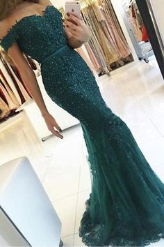 Lace Prom Dresses #LacePromDresses, Emerald Prom Dresses #EmeraldPromDresses, Green Prom Dresses #GreenPromDresses, 2018 Prom Dresses #2018PromDresses, Mermaid Prom Dresses #MermaidPromDresses