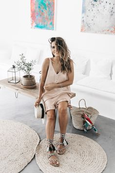 Soludos-Soludos_Escapes-Light_Pink_Dress-Knotted_Sandals-Mykonos-Greece-Collage_Vintage-Summer_Outfit-Street_Style-53