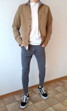 Vans old skool skinny jeans boys guys outfit vans love Skater Outfits, Tomboy Outfits, Fashion Outfits, Casual Outfits, Fashion Trends, Stylish Mens Outfits, Cool Outfits, Guy Outfits, Vans Outfit Men