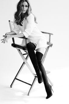 """Olivia Palermo é uma socialite americana de 28 anos, que ficou conhecida pela sua participação no reality show """"The City"""", que acompanhava o seu dia a dia em Nova Iorque. É famosa pelo seu blog de moda e pelo seu estilo pessoal irrepreensível, essencialmente clássico, com um toque de romantismo e modernidade. A sua elegância natural faz"""