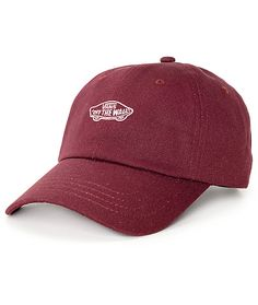 An easy way to accessorize your look with this Court burgundy baseball hat from Vans. A perfect color that looks great on everyone paired with a fit that is customized to a girls head will flatter any face shape and outfit.