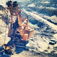 Rope shovel. Coal mining. LIKE our FB page. Caterpillar Toys, Bucyrus Erie, Mining Equipment, Coal Mining, Shovel, Iron, Construction, Yellow, Big