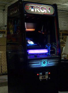 Tron Cabinet Game. I remember playing this quite a lot after the movie came out it was mega popular at the fish and chip shop on summer nights! #Tron #Tron Game