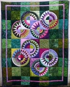 New York Beauty quilt by Doris Paetzmann. Free paper piecing patterns by Ula Lenz | lenzula