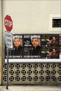 Los Angeles, USA - more vandals choose Manilow over Prince (by Ivan Lo)