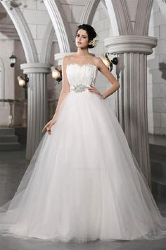 a1a5ccaf56b9 8 Best Oleg Cassini wedding dress collection images | Alon livne ...