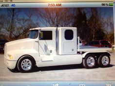 Little big rigs John Deere Garden Tractors, Big Rig Trucks, Custom Trucks, Rigs, Recreational Vehicles, Van, Projects, Log Projects, Vans