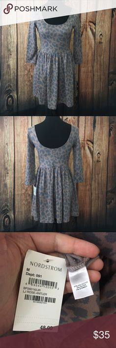"""🎉sale🎉Rose leopard dress Still has tags attached, stretchy, total length is 31"""" offers are always welcome in my closet, bundle 2 or more items and receive 15% off! Dresses Mini"""