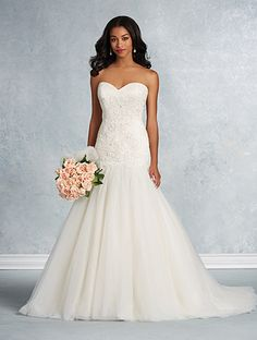 Alfred Angelo Style 2610: dropped waist wedding dress with sweetheart neckline and lace appliqués