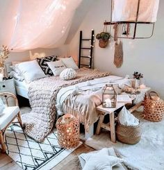 bohemian bedroom 776659898228344942 - Bohemian Style Ideas For Bedroom Decor &; Zimmer ideen Bohemian Style Ideas For Bedroom Decor &; Zimmer ideen Carla Marleen carlascheidtmann Deko Bohemian Style Ideas For Bedroom Decor Bohemian […] decor Source by Cute Bedroom Ideas, Cute Room Decor, Room Ideas Bedroom, Girls Bedroom, Bed Room, Bedroom Inspo, Master Bedroom, Diy Bedroom, Bedroom Designs