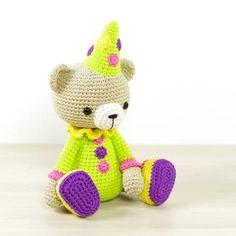 PATTERN: Teddy bear in a clown costume