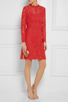 Tomato-red cotton-blend lace Concealed hook and zip fastening at back 55% cotton, 25% nylon, 20% viscose; lining: 100% polyester Dry clean Designer color: Coral