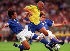 Ronaldo vs Maldini y Cannavaro