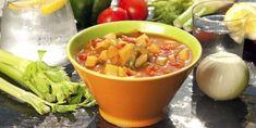 NAM-NAM: Vitaminrike grønnsaksupper er noe av det mest kalorifattige du kan spise. Fett, Thai Red Curry, Salsa, Protein, Ethnic Recipes, Salsa Music, Restaurant Salsa