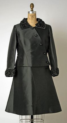 Suit House of Balmain (French, founded 1945) Designer: Pierre Balmain (French, St. Jean de Maurienne 1914–1982 Paris) Date: early 1960s