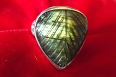 Labradorite silver ring by lesillondeletoile on Etsy