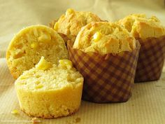 Thanks to the recent popular 7-link tag game, and i got to know this Kenny Roger's Corn muffinsat Kitchen Flavours 's blog as this muffin...