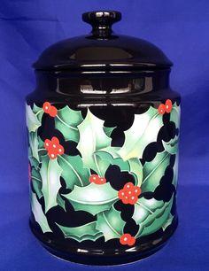 Dunoon Holly Berry Pattern Cookie Jar Storage Canister Designer Caroline Bessey