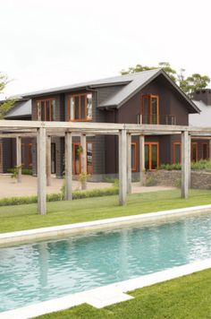 Southern Highlands modern country home image 1