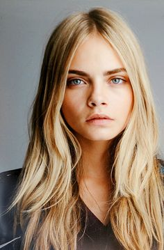 Cara Delevigne Mejor Modelo Cara Delevigne Best Model 2012 by BFA Inspo Cheveux, Beauté Blonde, Golden Blonde, Latest Hair Color, Grunge Hair, Hair Day, Pretty Hairstyles, Pretty Face, Pretty People