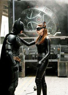 Christian Bale as Bruce Wayne/Batman & Anne Hathaway as Selina Kyle/Catwoman - The Dark Knight Rises ®. Batman The Dark Knight, Dark Knight Rises Catwoman, The Dark Knight Trilogy, Batman Dark, Im Batman, The Dark Knight Rises, Superman, Batwoman, Batgirl