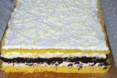 Prajitura cu ciocolata alba si bezea de cacao | MiremircMiremirc Sweet Cakes, Vanilla Cake, Deserts, Lemon, Food And Drink, Dessert Recipes, Ice Cream, Cooking, Pastries