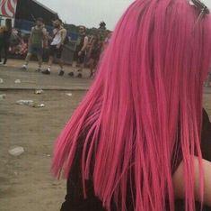 Get it or nah Dyed Hair Blue, Dyed Hair Pastel, Dyed Hair Ombre, Dye My Hair, Red Ombre, 4c Hair, Dark Pink Hair, Hot Pink Hair, Lilac Hair