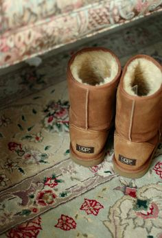 Uggs. Shop online at Shoedipity.com