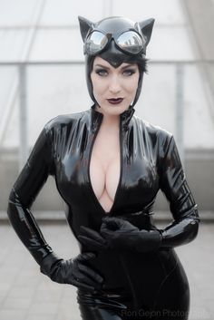Let's celebrate sexy cosplay!No stingy to share any kind of sexy girls. Catwoman Cosplay, Cosplay Gatúbela, Best Cosplay, Cosplay Girls, Female Cosplay, Awesome Cosplay, Guys Be Like, Girl Gifs, Lingerie Models