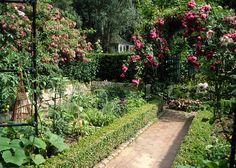 Ein Bauerngarten entsteht | März 2013 | Familienheim und Garten